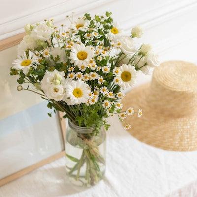Mandelieu Blumenstrauß & Le Parfait Vase