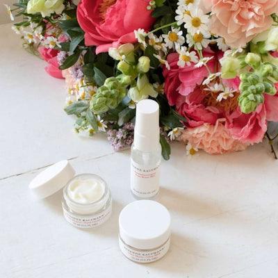 Blumenstrauß Bezau & Beauty Set Susanne Kaufmann