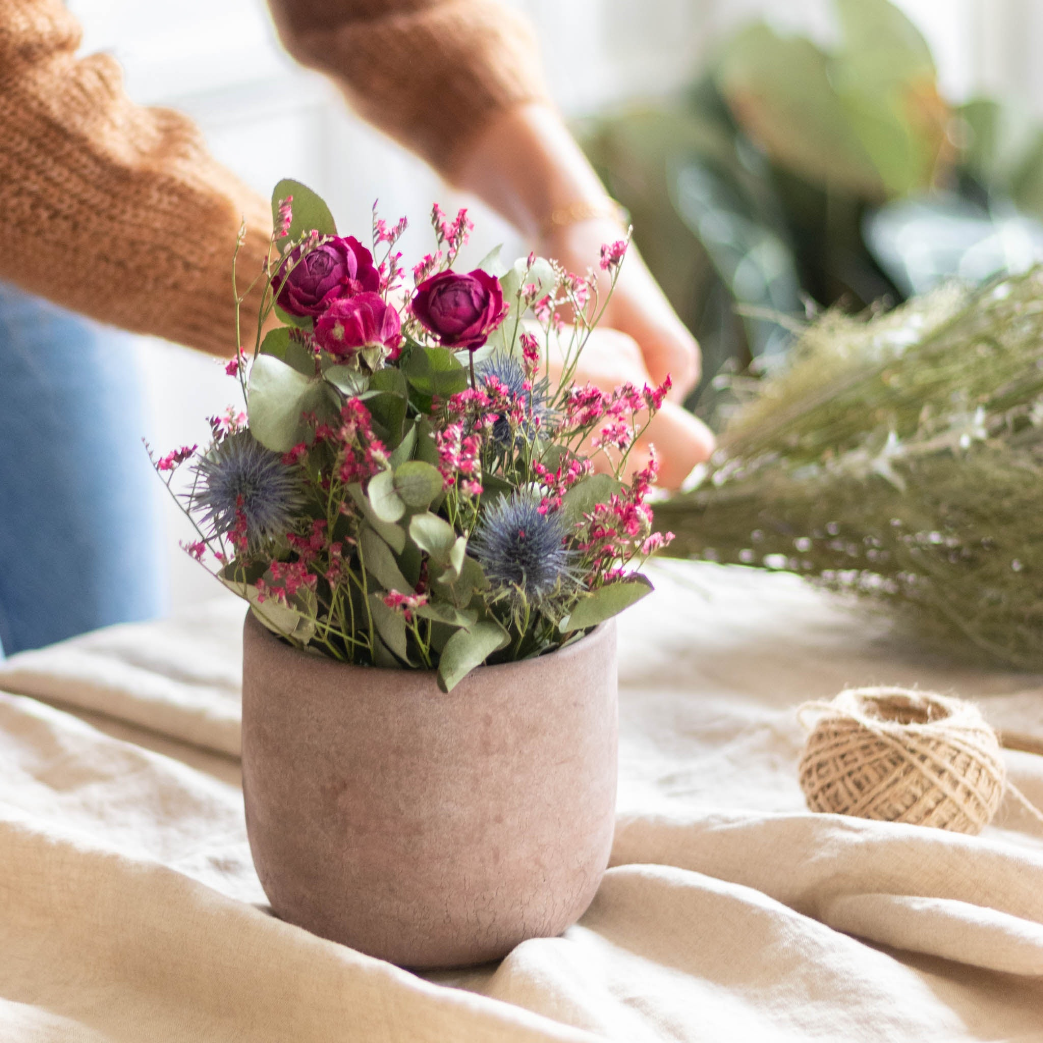 Céramique de fleurs séchées
