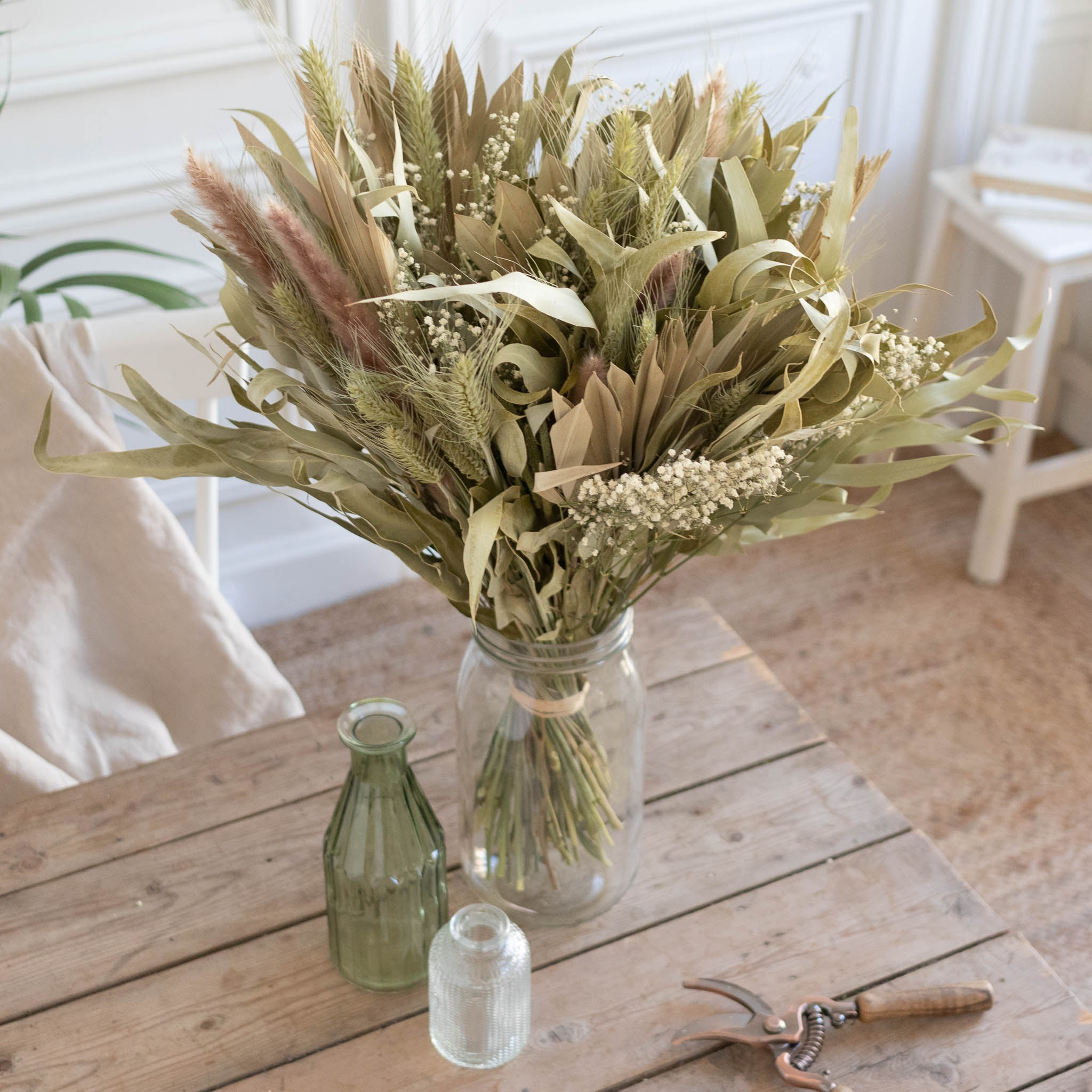 Blumenstrauß Byron Bay & Le Parfait vase
