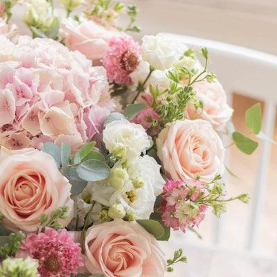 Nahaufnahme Santorini Blumenstrauß