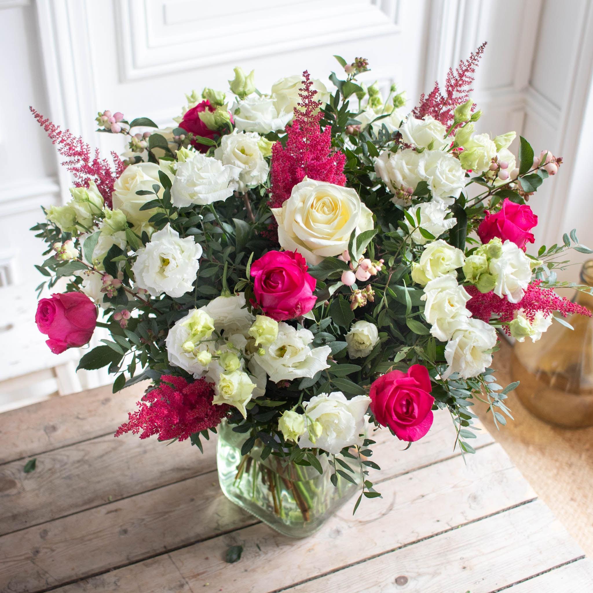 Blumenstrauß Cambridge & vase Belona Grüne