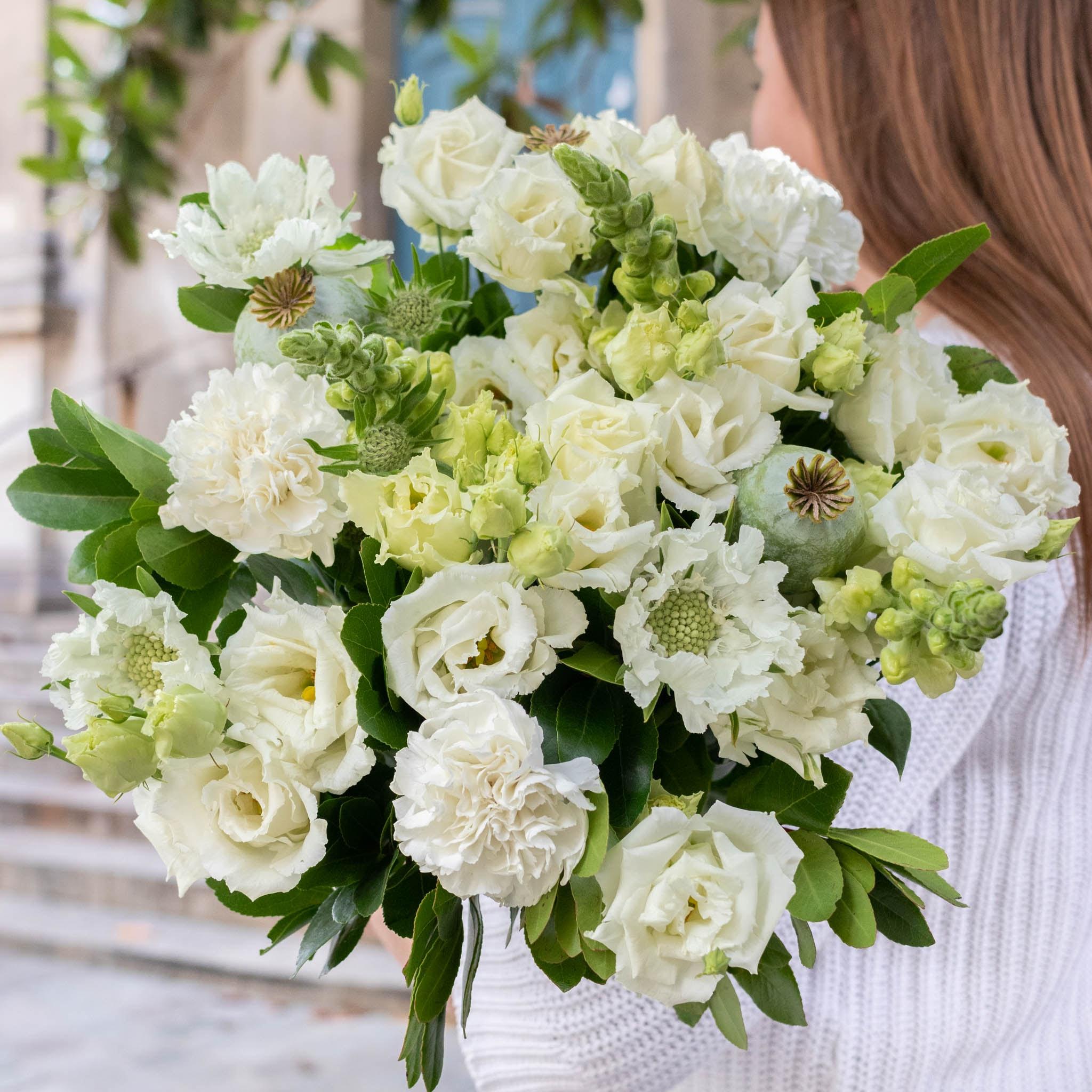 """Blumenstrauß Mykonos - Innerhalb der nächsten zwei Wochen spenden wir pro verkauftem Blumenstrauß 2€ an """"Aktion Deutschland hilft"""" und die Betroffenen der Hochwasser-Katastrophe."""