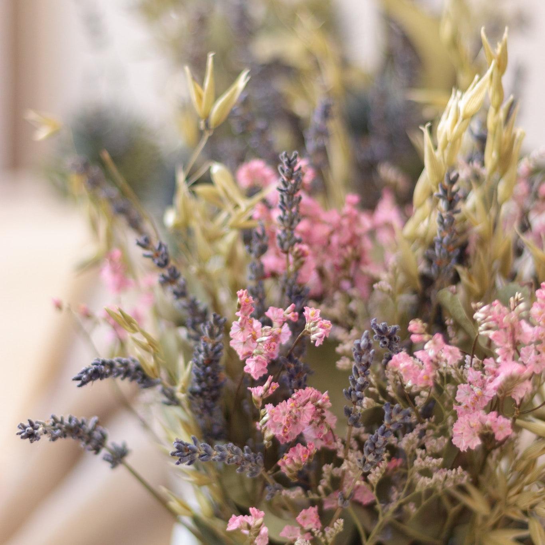 composition-florale-fleurs-sechees